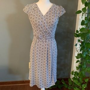 Loft Wrap Dress~Size 2P